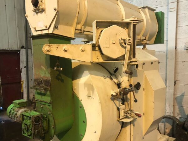 Used Buhler Press 150 kw